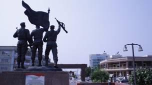 Monumento en Bata.