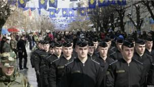 Парад по поводу независимости Косова в Приштине