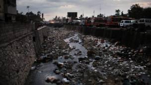 مكب للقمامة في هايتي