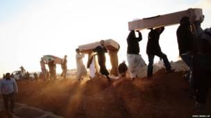 جنازة جماعية شرقي بنغازي