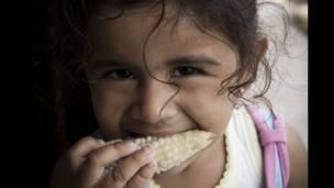 """Foto de un lector por el tema """"hambre"""""""