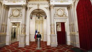 Президент Франции Николя Саркози обратился к жителям страны