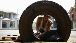 Механик в Рангуне
