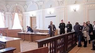 Зал суда в Харькове