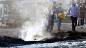 مقتل ثلاثة اشخاص في اشتباكات طائفية في مدينة طرابلس اللبنانية