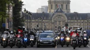 Кортеж Франсуа Олланда