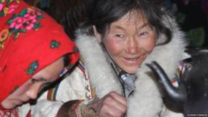 रूसी आर्कटिक में रेनडीयर पालक