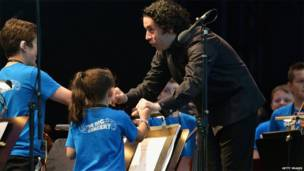 古斯塔沃·杜達梅爾在蘇格蘭音樂會上
