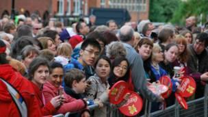 利兹民众、中国留学生
