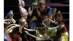 انطلاق مهرجان بيت الدين بحفلة لفرقة  كركلا