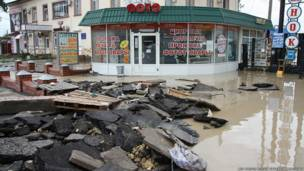 В Крымске были затоплены многие улицы города