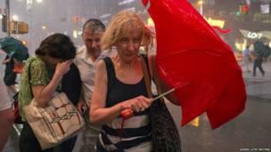 Буря в Нью-Йорке
