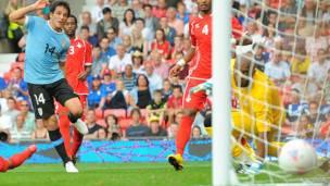 Lodeiro anotó el segundo gol de Uruguay