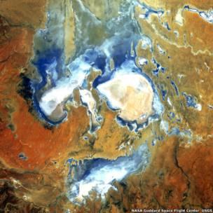 Imagem aérea do Lago Eyre, Austrália.