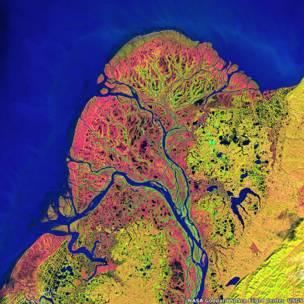 Imagem aérea do delta do rio Yukon, no Alaska, EUA.