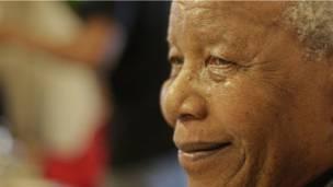 Mandela, aos 94 anos