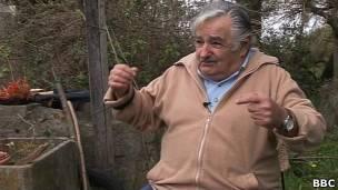 121115112703_mujica1_304x171_bbc.jpg