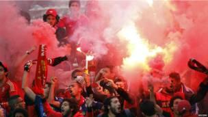 Des supporteurs du club égyptien Al Ahly en Tunisie. 21.04 2013