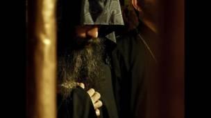 Religioso de la iglesia Armenia Ortodoxa, en Belén, territorios palestinos, mayo 2012