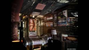 Câmera Escura: A Times Square em um quarto de hotel, 2010