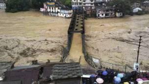 उत्तराखंड में बाढ़