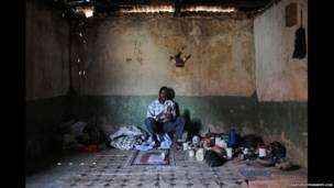 Wani mai maganin gargajiya a kudancin Tanzania