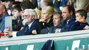 Новый хозяин клуба смотрит матч.