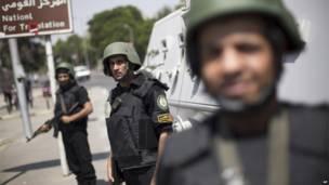 Спецподразделения полиции на улицах Каира