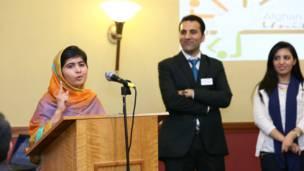 मलाला ने बच्चों की पढ़ाई लिखाई की जरूरत पर जोर दिया.
