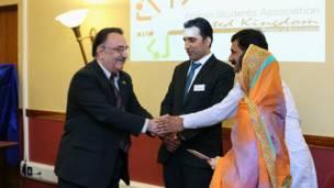 अफगानिस्तान के राजदूत ने मलाला को हामिद करजई की चिठ्ठी सौंपी.