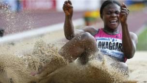L'athlète nigériane Blessin Okagbare a remporté l'épreuve du saut en longueur lors du meeting Herculis de Monaco. Vendredi 19 juillet 2013. Photo AFP