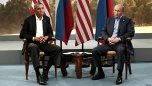 Барак Обама и Владимир Путин после встречи в Северной Ирландии