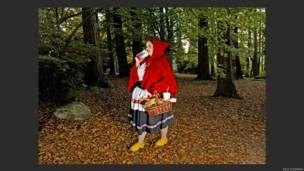 Caperucita Roja, en la lente de Dina Goldstein