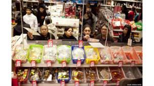 ब्रिटेन में रह रहे एशियाई मूल के लोग