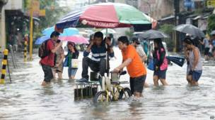 फिलिपिन्स में मूसलाधार बारिश से बाढ़