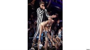 Miley Cyrus en los premios MTV