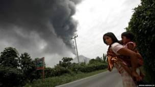 पिक्चर गैलरी, उत्तरी सुमात्रा, इंडोनेशिया, ज्वालामुखी