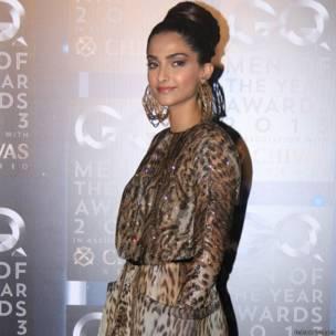 सोनम कपूर, जीक्यू अवॉर्ड्स 2013, sonam kapoor, GQ awards 2013