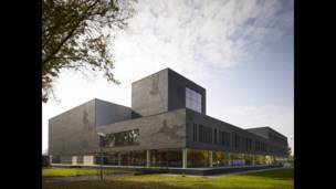 Спортивный колледж колледж Fontys - Mecanoo International.