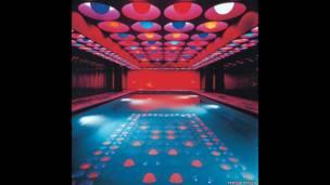 Verner Panton, Swimming Pool, 1969 Spiegel Publishing House (Hamburg) © Panton Design, Basel