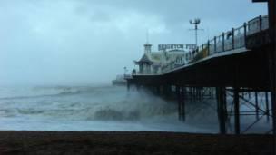 Bến tàu Brighton, bbc