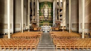كتدرائية كوفنتري 1956، سير بازيل سبنسر وشركاه