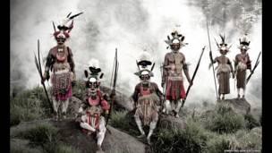مردان فبیلهای، پاپوآ گینه نو. عکسهای جیمی نلسون
