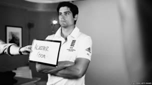 इंग्लैंड क्रिकेट टीम के कप्तान एलेस्टर कुक