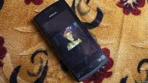 تلفن همراه. عکس از سارا مالیان