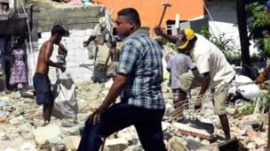 Demolishing settlments Colombo, Sri Lanka