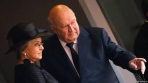 الرئيس السابق  اف دبليو كليرك وزوجته
