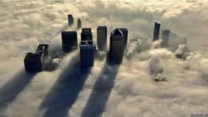 लंदन, हीथ्रो, हवाई अड्डे