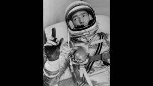 Астронавт Скотт Карпентер перед полетом в космос с космодрома на мысе Канаверал, США. AP