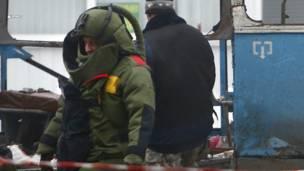 Эксперт-взрывотехник на месте взрыва